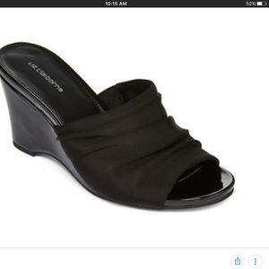 Liz Claiborne Soft Wedge Sandal